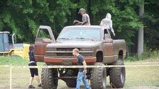 Loud 4x4 Mud Trucks - Full Version - Gopher Dunes Fall Mudfest 2013