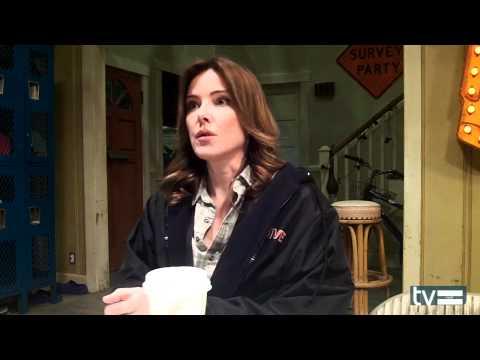 Cougar Town Season 3 Set Visit: Christa Miller