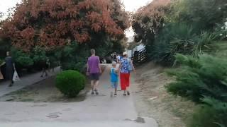 Витязево прогулка в сторону моря к ул светлая по бульвару Шардоне