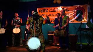 M'Bemba Bangoura + Sege Costa Rica en Puerto Viejo Limón 2013 Lamban