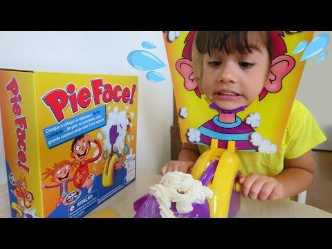 Desafio Torta na Cara Pie Face Challenge Diversão com os Pais