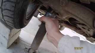 видео Замена передних амортизаторов на ВАЗ 2107