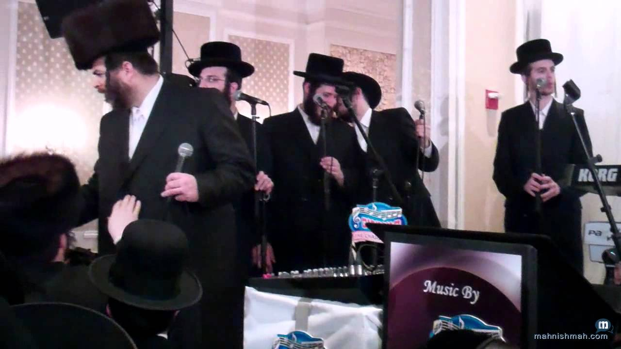 Lipa & Hamezamrim singing Shabbos Koidesh