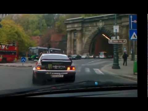 Driving the streets of Budapest with a drift car!