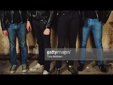 Music video Ramones - Unhappy Girl