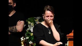 Похоронили! Вдова не сдержалась: во время церемонии Проскурина рассказала правду. Слезы на глазах