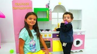 Masal  Pretend Play Taking of Babies feeding - kids baby fun video