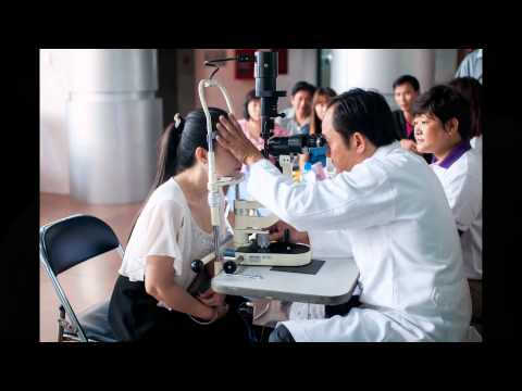 [Bệnh viện Mắt Cao Thắng] Khám mắt cho sinh viên trường Đại học Sân Khấu Điện Ảnh TPHCM
