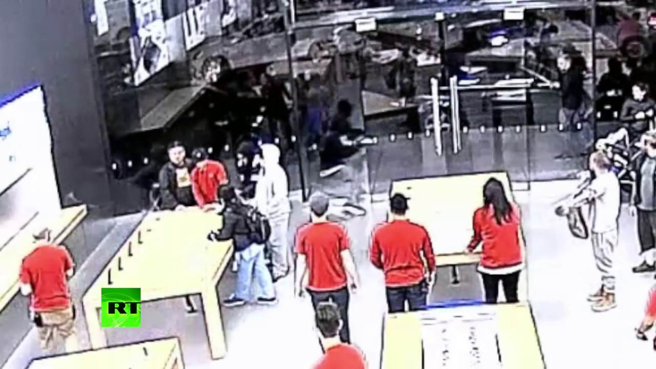 Grand Theft Apple: Daring robberies caught on cam in San Francisco store