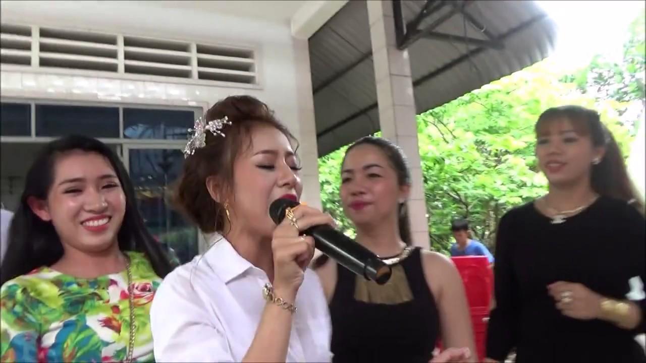Cô dâu hát đám cưới cực hay – Anh Muốn Em Sống Sao