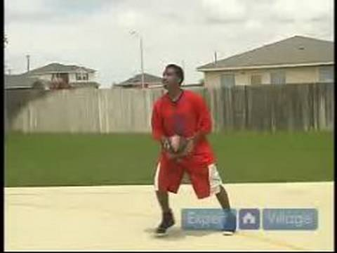 Basketball Tips for Beginners : The Point Guard & Shooting Guard in Basketball