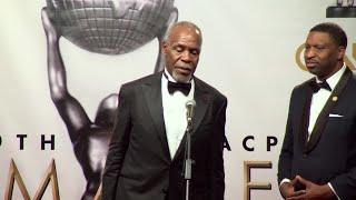Glover praises Martin Luther King at NAACP Image Awards