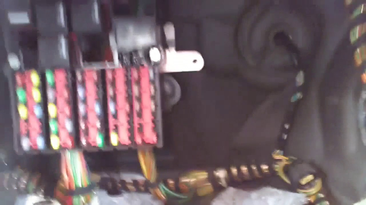 Ford Edge Fuse Box Ford Fiesta Mk6 Where Are The Fuses Youtube