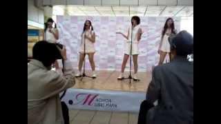 2013.04.27の町田ターミナルプラザで開催されたワンマン(?)ライブの...