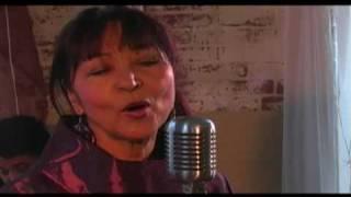 """Musica de Cabo Verde - Arlinda Santos """"Bo Corpo Nha Corpo"""" (Official Video)"""