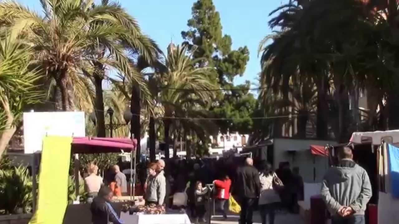 Un poco de la feria de san sebastian en silla 2015 youtube for Sillas para ferias