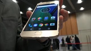 Moto G5 Plus Review of Camera and Display by Motorola Executive