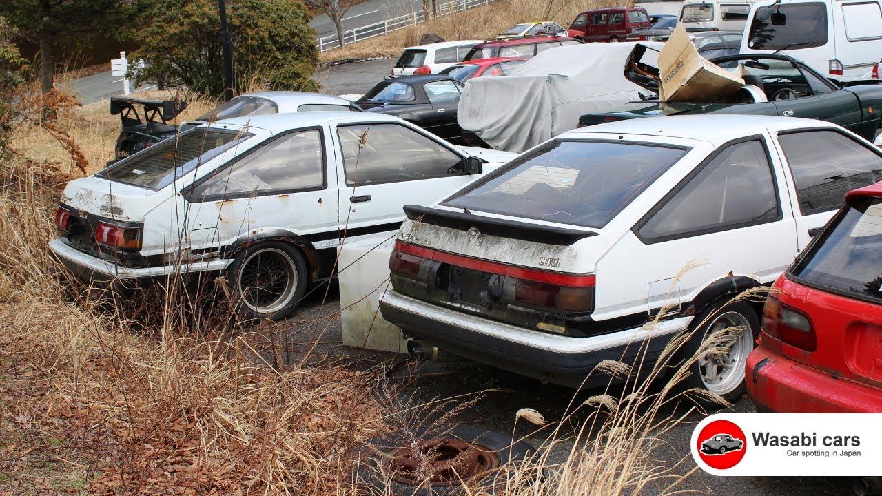 Two Toyota AE86\'s (Levin & Trueno) in a Junkyard - YouTube