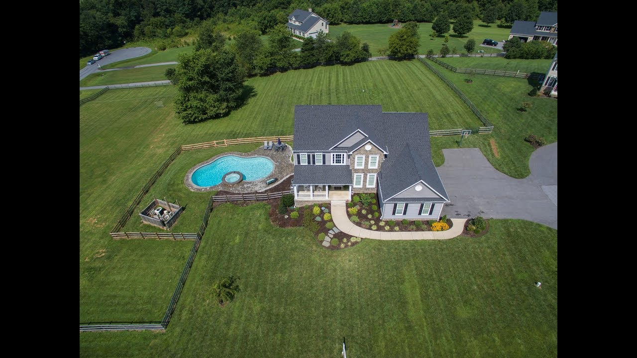 6390 Riding Horse Dr. Mount Airy, MD 21771