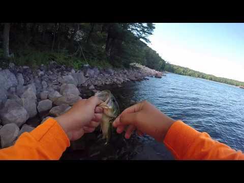 Devil's Lake, WI - Clearwater jerkbait fishing! Pt. 3