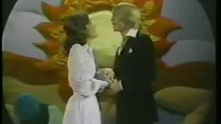 Video THE CARPENTERS FIRST TELEVISION SPECIAL  4 download MP3, 3GP, MP4, WEBM, AVI, FLV September 2018