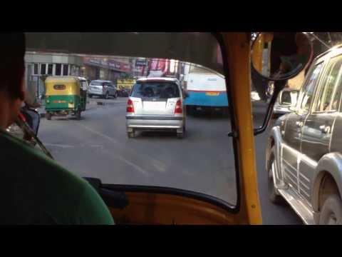 La Carrera de los Autos Locos en Bangalore