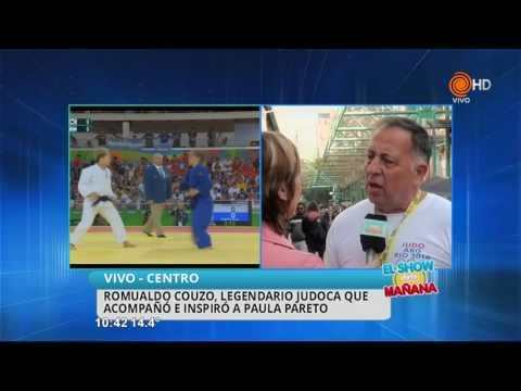 Romualdo Couzo felicita a Paula Pareto 12 08 2016