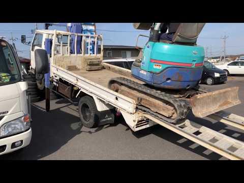 重機フェチ必見 ユンボをトラックに乗せる動画