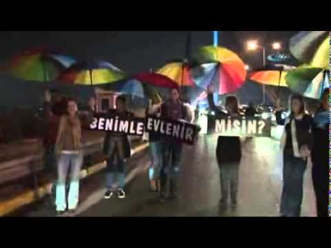İstanbul Boğaz Köprüsünde Görülmemiş Evlenme Teklifi