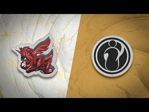 ahq e-Sports Club vs Invictus Gaming vod