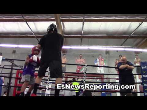 toquez sparring joseph two young champ working - EsNews