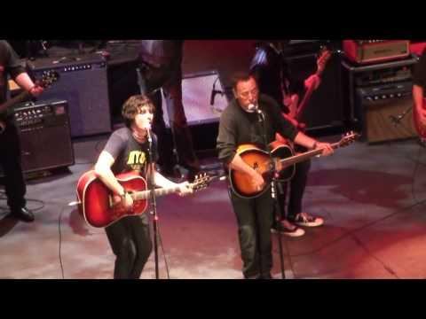 Broken Radio - Bruce Springsteen & Jesse Malin - Light of Day 10 - Jan 16 2010