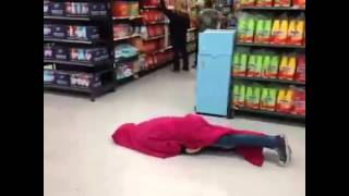 How to spot an inchworm at Walmart
