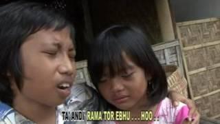 """Akhir sebuah cerita Evi tamala fersi madura """"Yatim Piatu"""" Fiyan triway Asiska."""