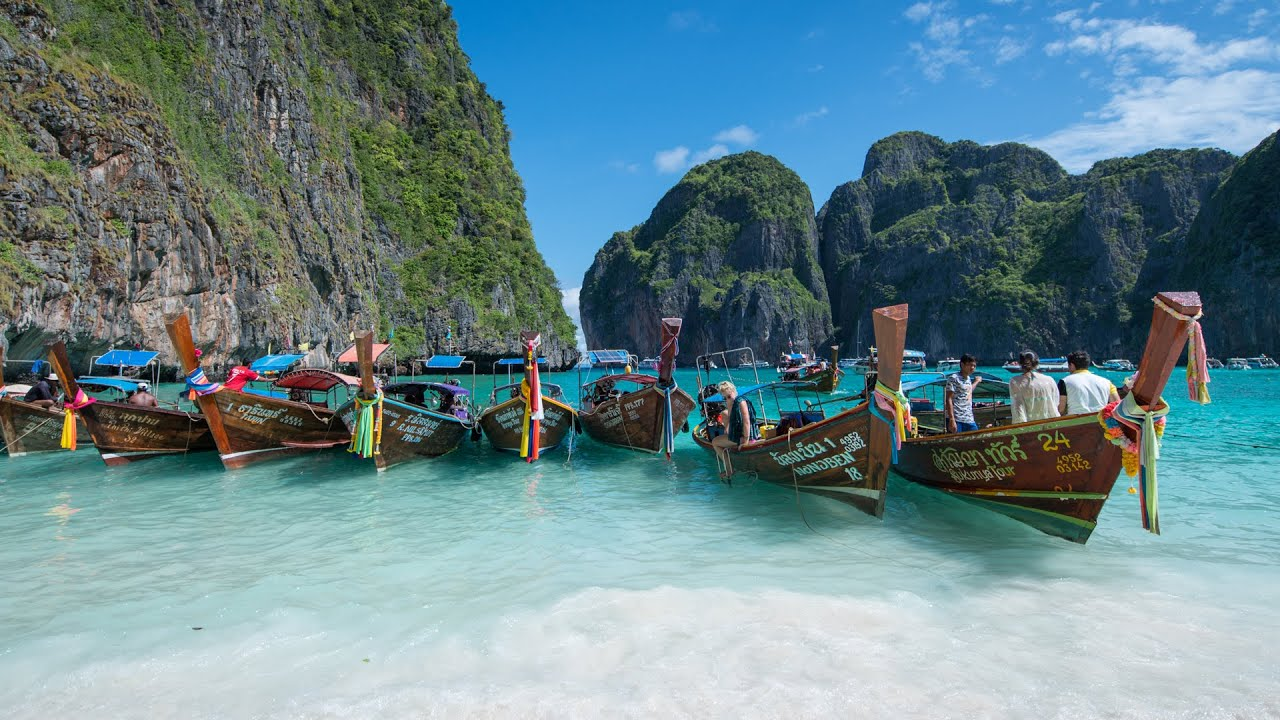 Tips for Renting a Boat to Sailing Phi Phi Island and Surrounding Areas