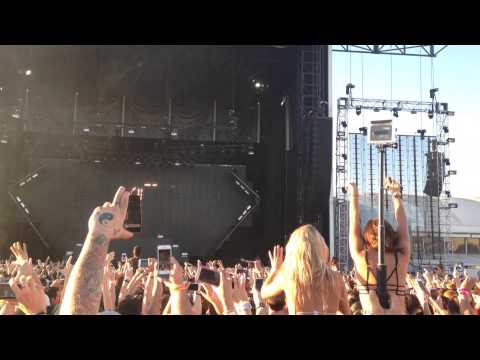 Avicii - Hey Brother (Syn Cole Remix) Live @Melbourne Showgrounds
