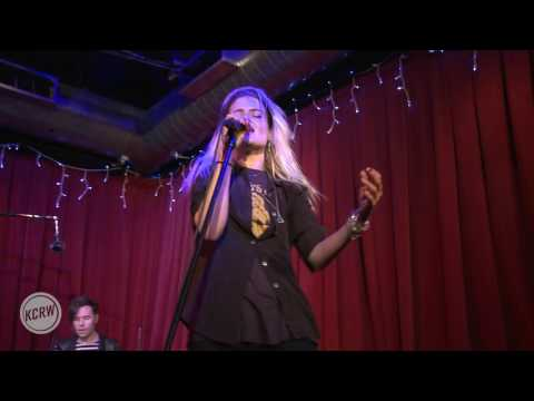 "The Kills performing ""Doing It To Death"" Live on KCRW"