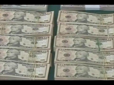 Uang Satu Juta Dolar Dilempar Dari Pesawat Youtube