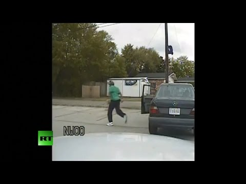 DASHCAM FOOTAGE: Walter Scott flees from SC cop moments before being shot dead