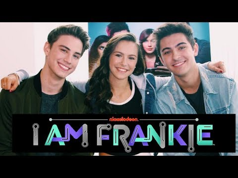 Alex Hook Carson Rowland + Kyson Facer Dish on New Show I AM FRANKIE