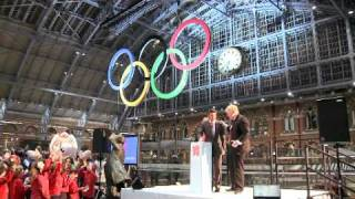 London 2012 - Giant Olympic Rings unveiled at St Pancras International