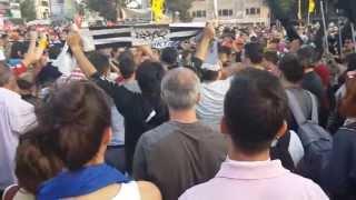 Taksim de Beşiktaş Çarşı Faşizme Karşı sloganı atılınca polis on binlerce kişiye saldırdı direngezi