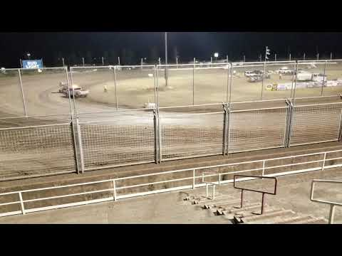 Crazy double sprint car flip southern Oregon speedway