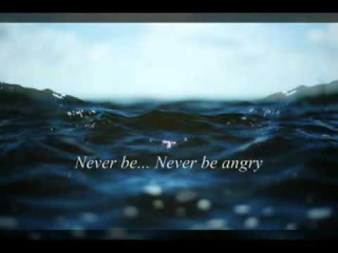 Клип Sarah Fimm - Be Like Water