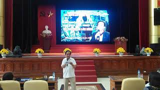 GS TS Nguyễn Lân Dũng nói chuyện về khởi nghiệp thời 4.0