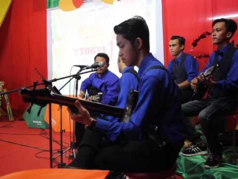Gradak - Gadis Berkerudung Merah (Wali Band), Bunga di Tepi Jalan (Koes Plus)