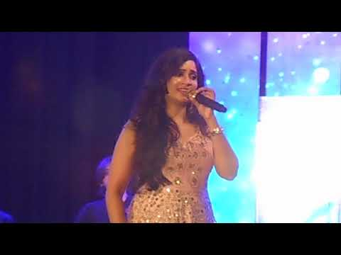 Dhadkane Azad Hain || Shreya Ghoshal Live in Kolkata || 24th Nov 2017