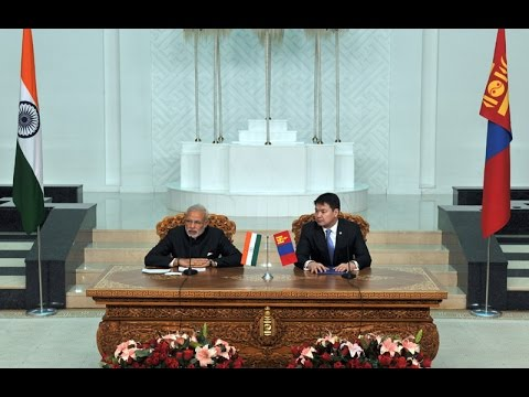 PM Modi and Mongolian PM Chimed Saikhanbileg at the Signing of Agreements & Joint Press Statements