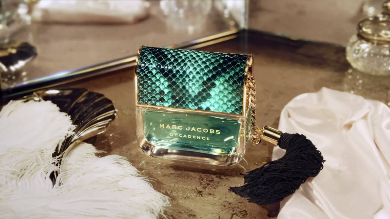 188571541ad8b Marc Jacobs Divine Decadence - YouTube
