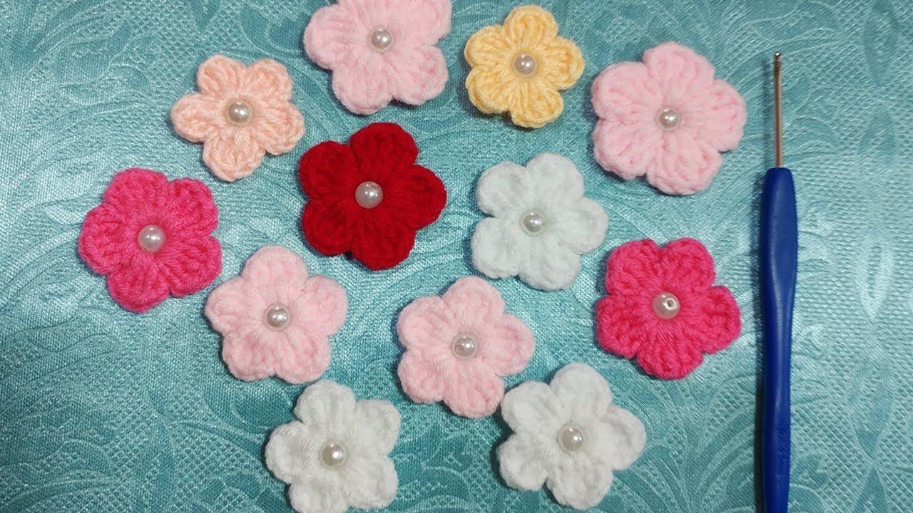 Móc hoa 5 cánh bằng len – Len đẹp lão bà bà